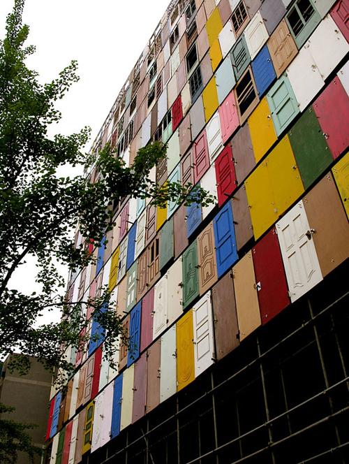 1000 doors building - Edifício com 1000 portas - Choi Jeong-Hwa