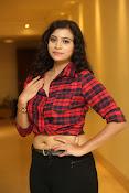 Priyanka latest glam pics-thumbnail-20