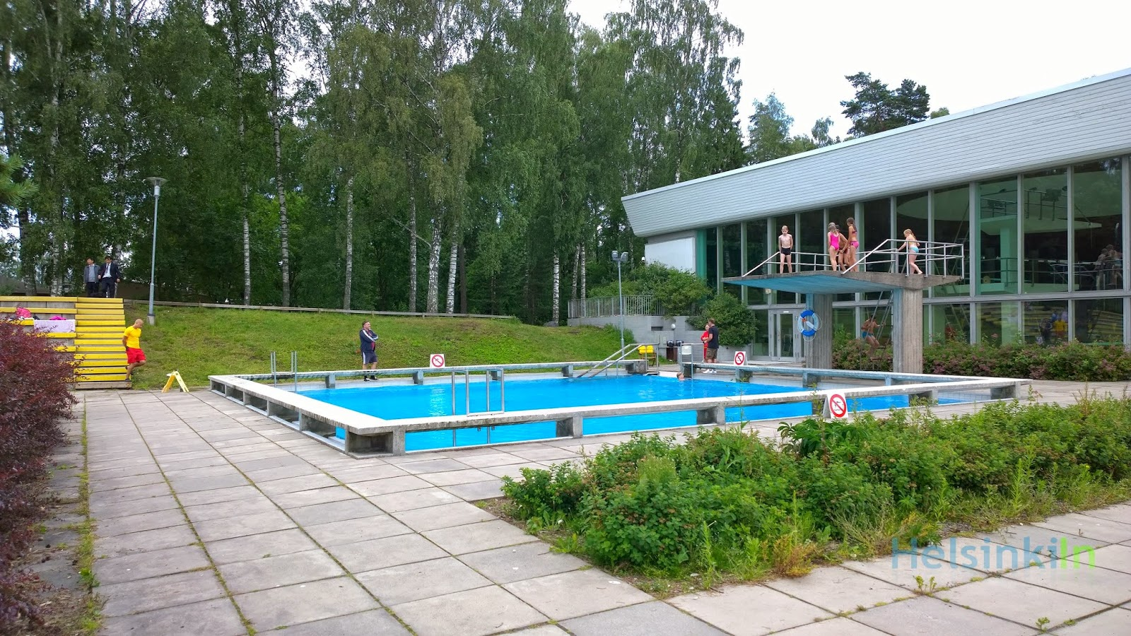 outdoor pool in Tapiola