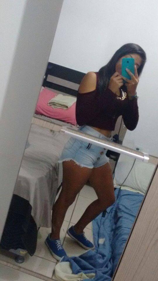 Margarita Flores - 24 Años - Bolivia