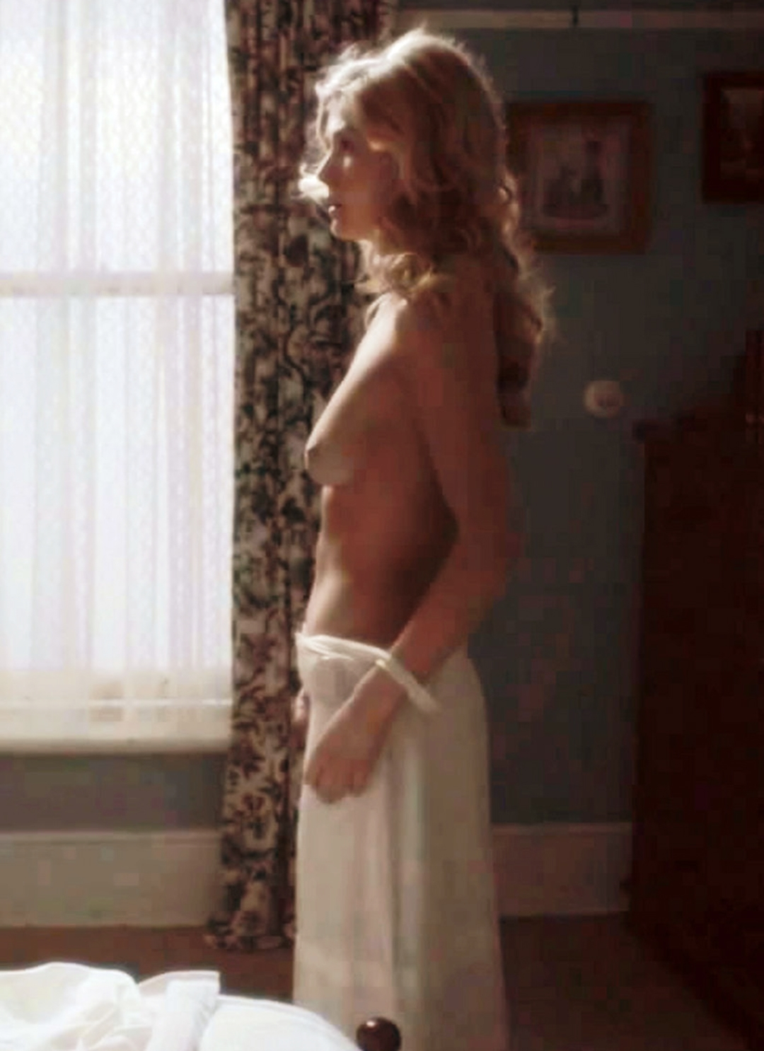 rosamund pike sex hot babes fucked xvideo