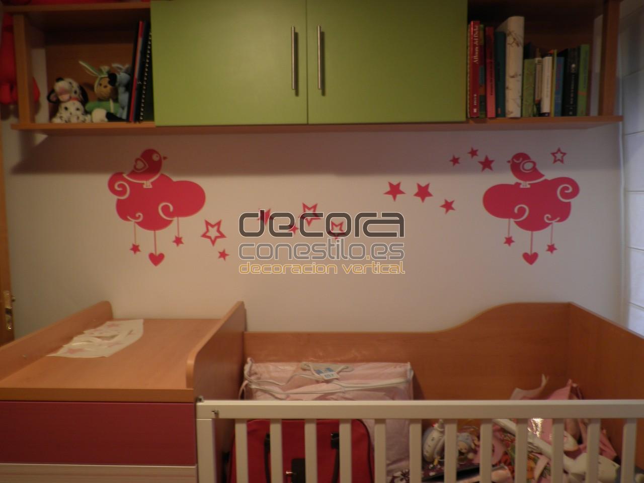 Decoramos tu vida habitaci n infantil con vinilo for Habitacion con vinilo