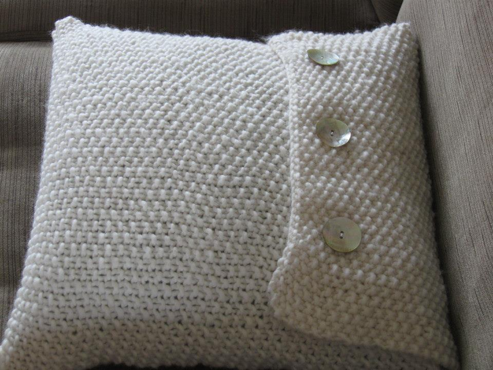 Knitting Pattern For Large Cushion : The Summerhouse by the sea: Cushion love