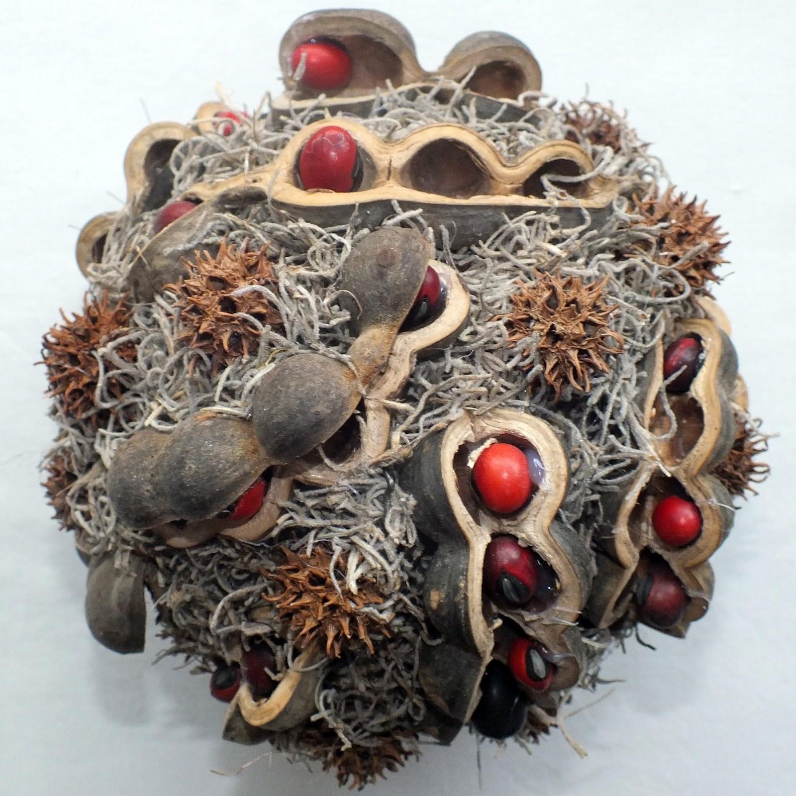 Zelf maken styropor decoratie bol met natuurlijke for Zelf decoratie maken