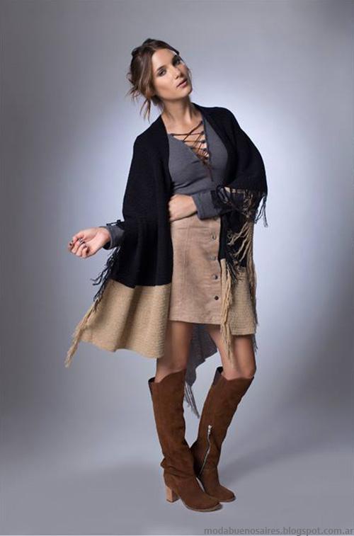 Moda otoño invierno 2016 La Cofradía ropa de mujer. Ruana, minifalda y blusa colección otoño invierno 2016.