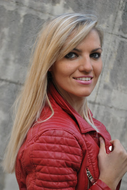 mariafelicia magno fashion blogger color block by felym fashion blog italianiblog di moda blogger di moda fashion blogger bergamo fashion blogger milano fashion blogger bionde ragazze bionde blonde hair blonde girls capelli lunghi biondi occhi azzurri come truccare gli occhi azzurri outfit autunnali novembre 2015 blonde girls blue eyes orecchini majique oceanic jewellers influencer italiane orecchini autunnali orecchini pendenti majique earrings rossetto mac rosa chandelier earrings majique