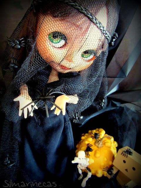 basaak doll, danbo, poseskeleton halloween