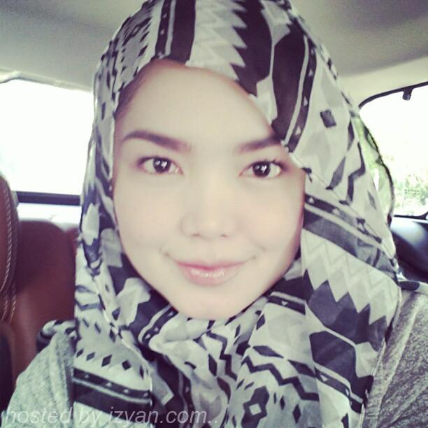 Gambar+Tudung+Siti+Nurhaliza-2.jpg