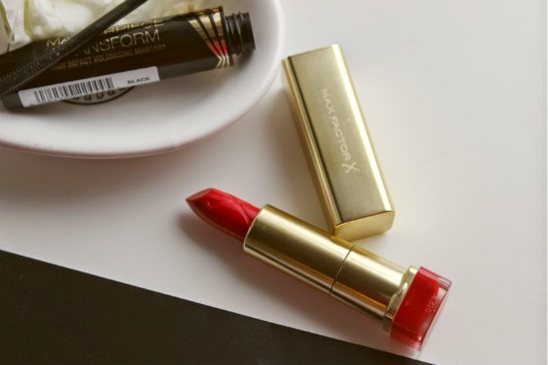 Max Factor Glam Jan Free Lipstick