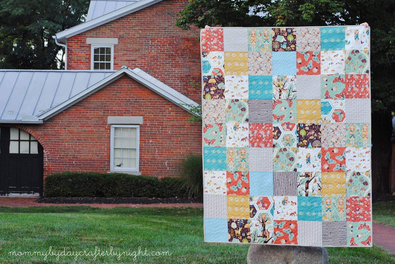 Mommy by day Crafter by night: Fort Firefly Patchwork Quilt : large patchwork quilt - Adamdwight.com