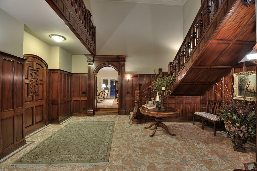 Victorian gothic interior style victorian gothic interior style for Victorian woodwork