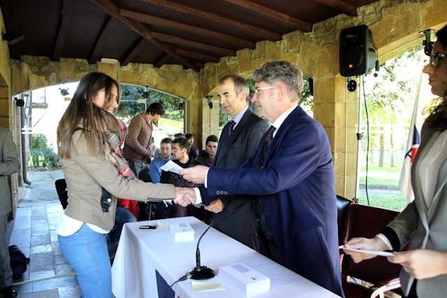 Petronor y Fundación Repsol becan a 50 alumnos de FP del entorno