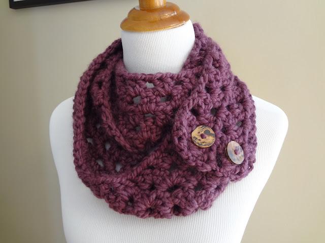 Free Crochet Patterns Button Cowl : Fiber Flux: Free Crochet Pattern...Lemon Balm Button Cowl