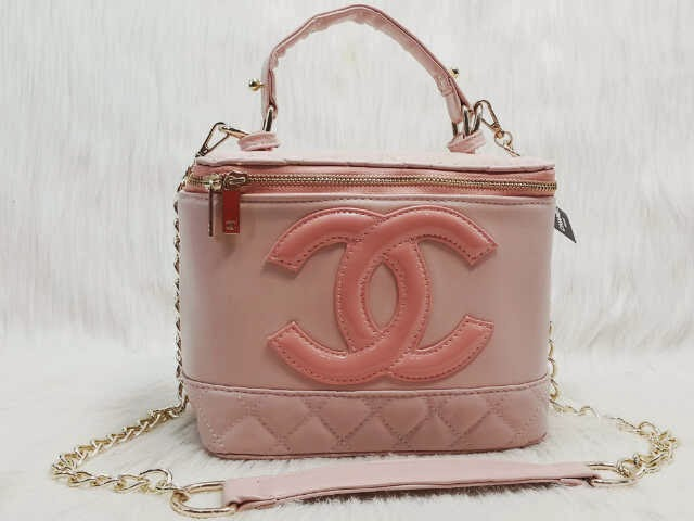 Tas Chanel bag make up super