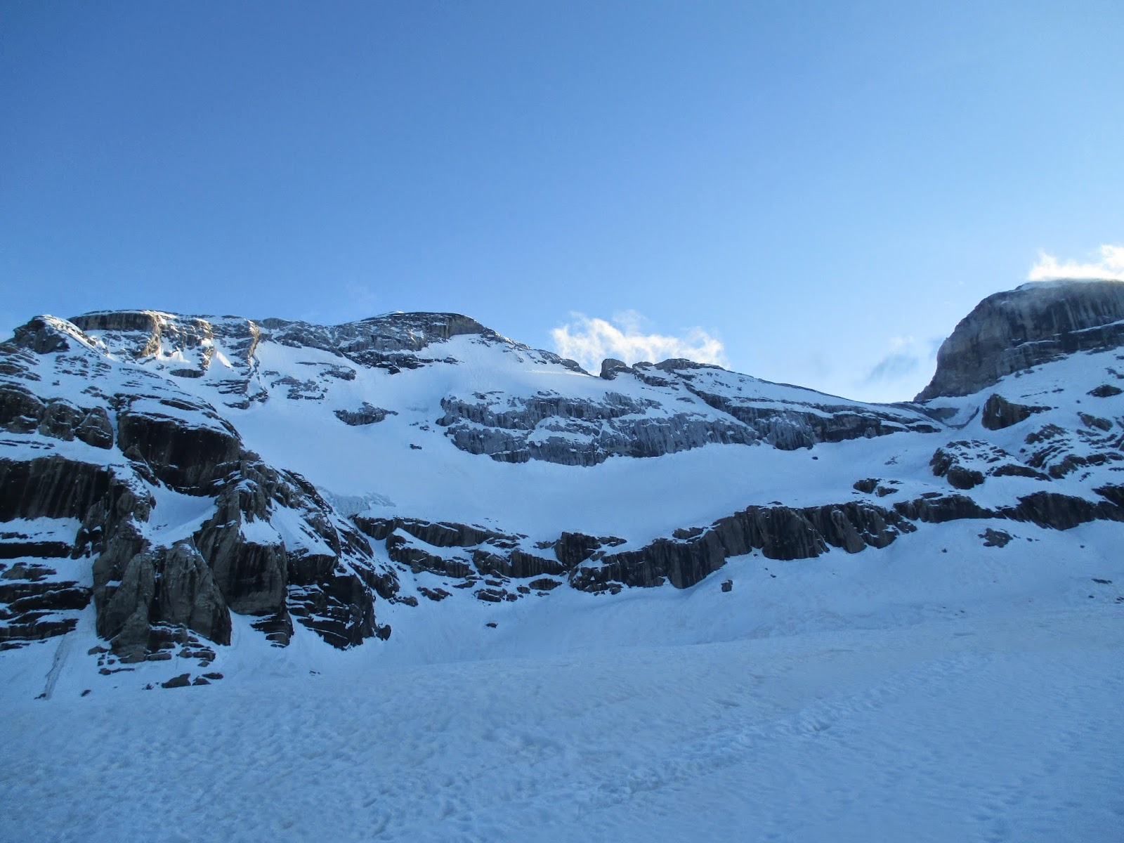 Cara norte del Monte Perdido/Valle de Pineta