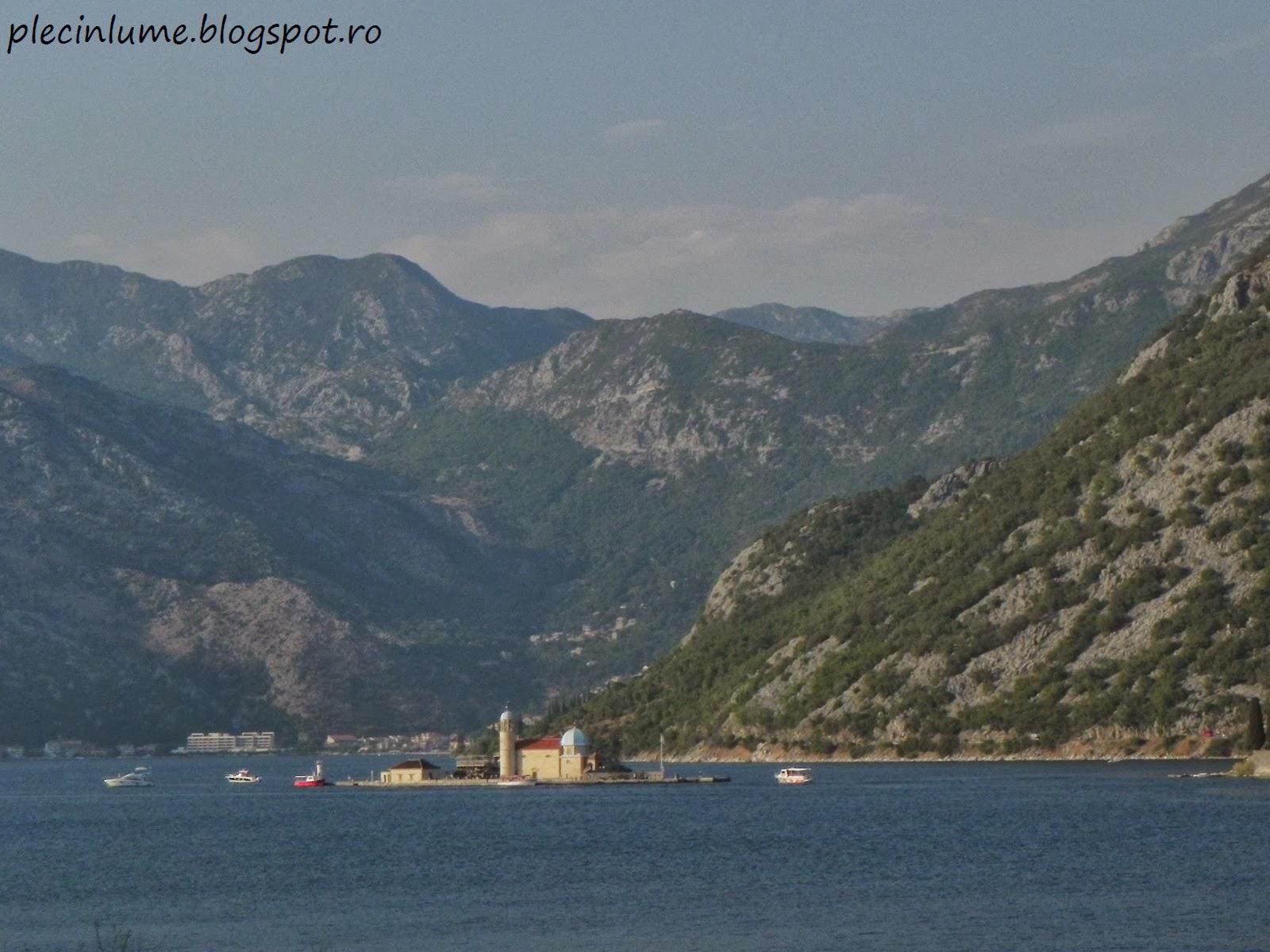Insula Gospa od Skrpjela, in golful Kotor