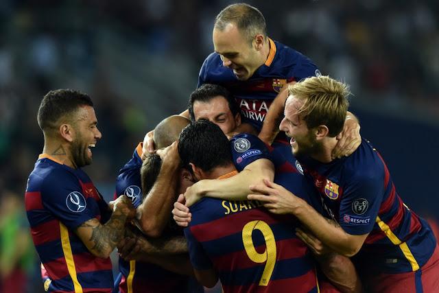O Barcelona conquistou a Supercopa da Europa e somou mais um título neste ano (Foto: Kirill Kudryavtsev/AFP)