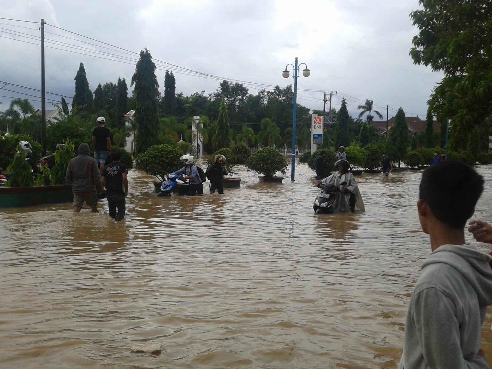 Banjir di Kab.Maros, Salah siapa?