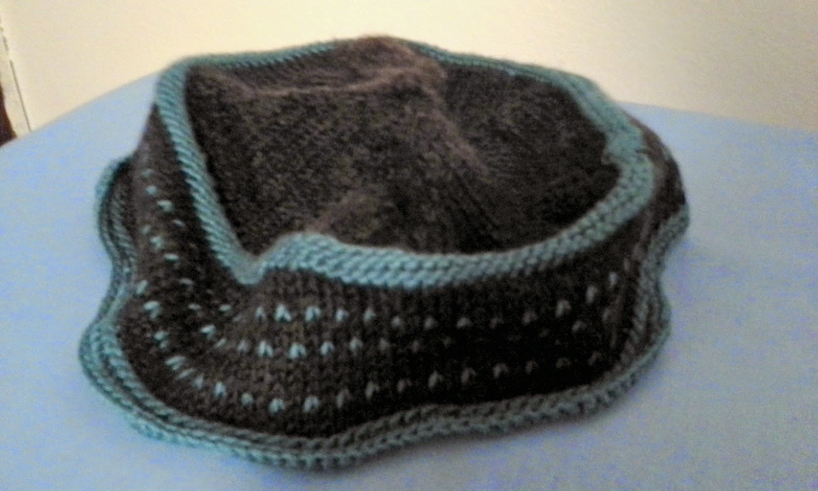 Artsy fartsy muslimah kufi kapu hat the third is a natural colored crocheted version here is the pattern i used a fingering weight wool blenards is the same pattern only a bit smaller bankloansurffo Choice Image