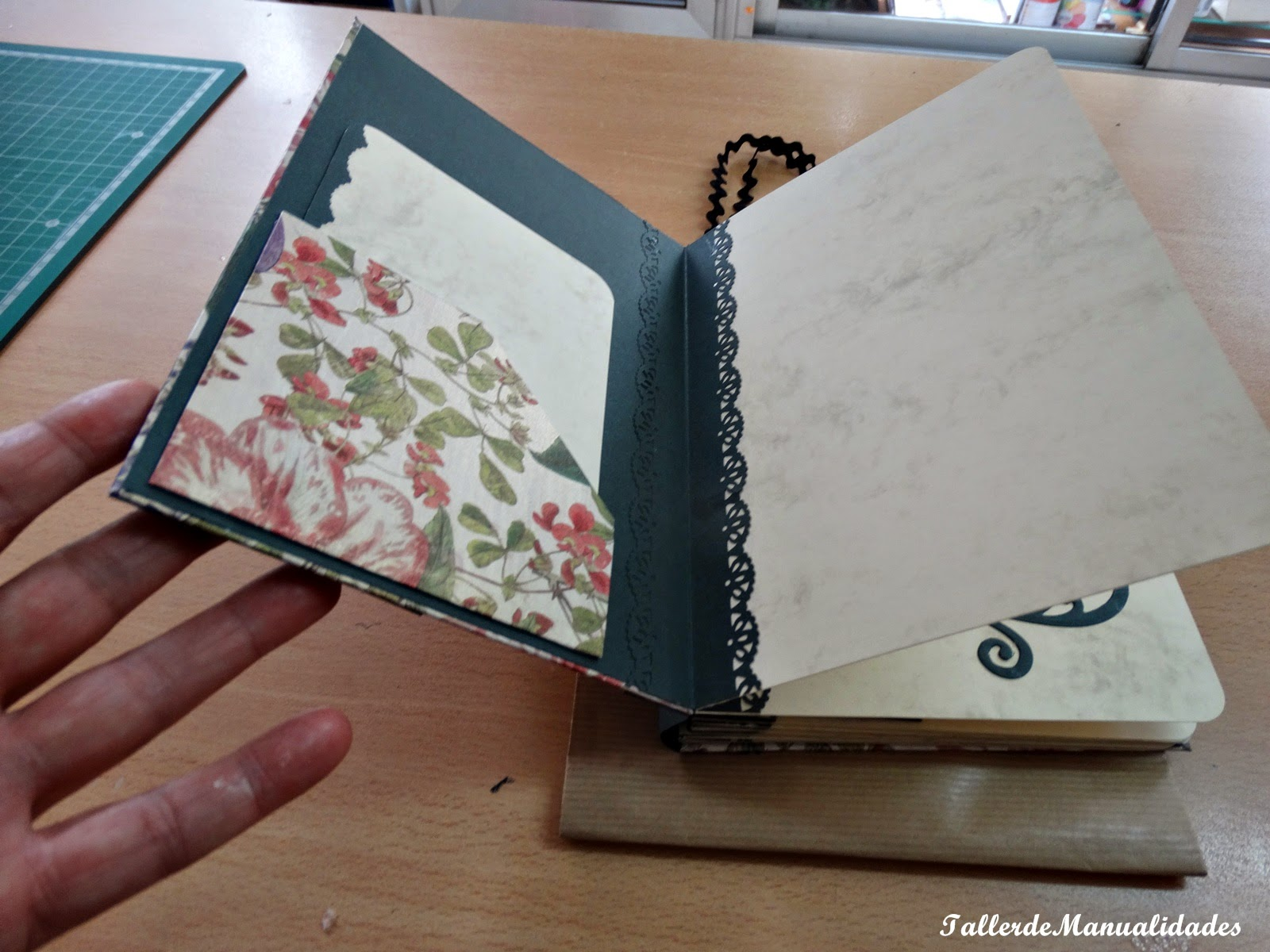 Taller de Manualidades online Libro de Poemas