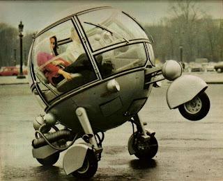 http://1.bp.blogspot.com/-L53N1dlRw5Y/TeW8d4wq-JI/AAAAAAAAALE/lWRGhBtgHfk/s320/L%25E2%2580%2599automodule+1970+%25E2%2580%2593+Strange+Vehicle+%25284%2529.jpg