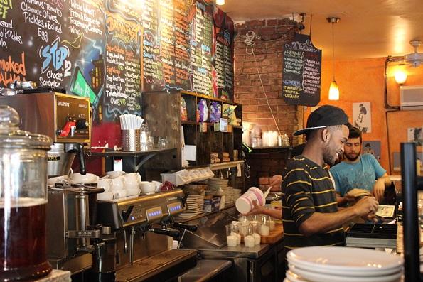 B Cup Café – café med wifi och den godaste salladen någonsin
