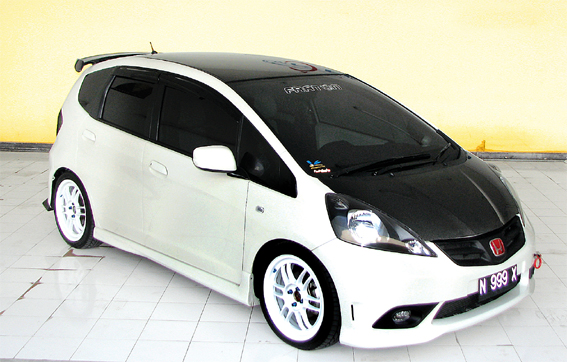 Honda All New Jazz '08 : Aggressive Whitey