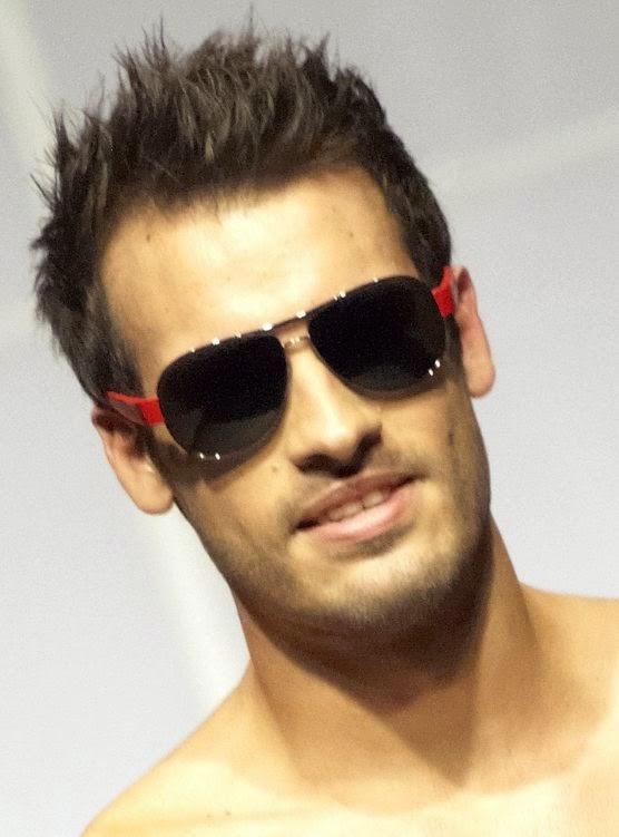 peinados para hombres con lentes