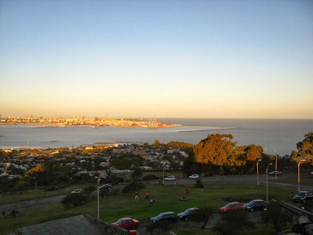 Cerro paisaje puerto bahia Montevideo