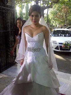 Shaina Magdayao in her wedding dress (Kung Ako'y Iiwan Mo Finale)
