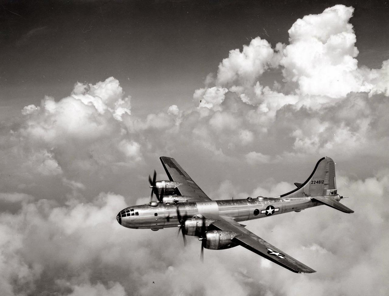 12 апреля - чёрный день авиации США