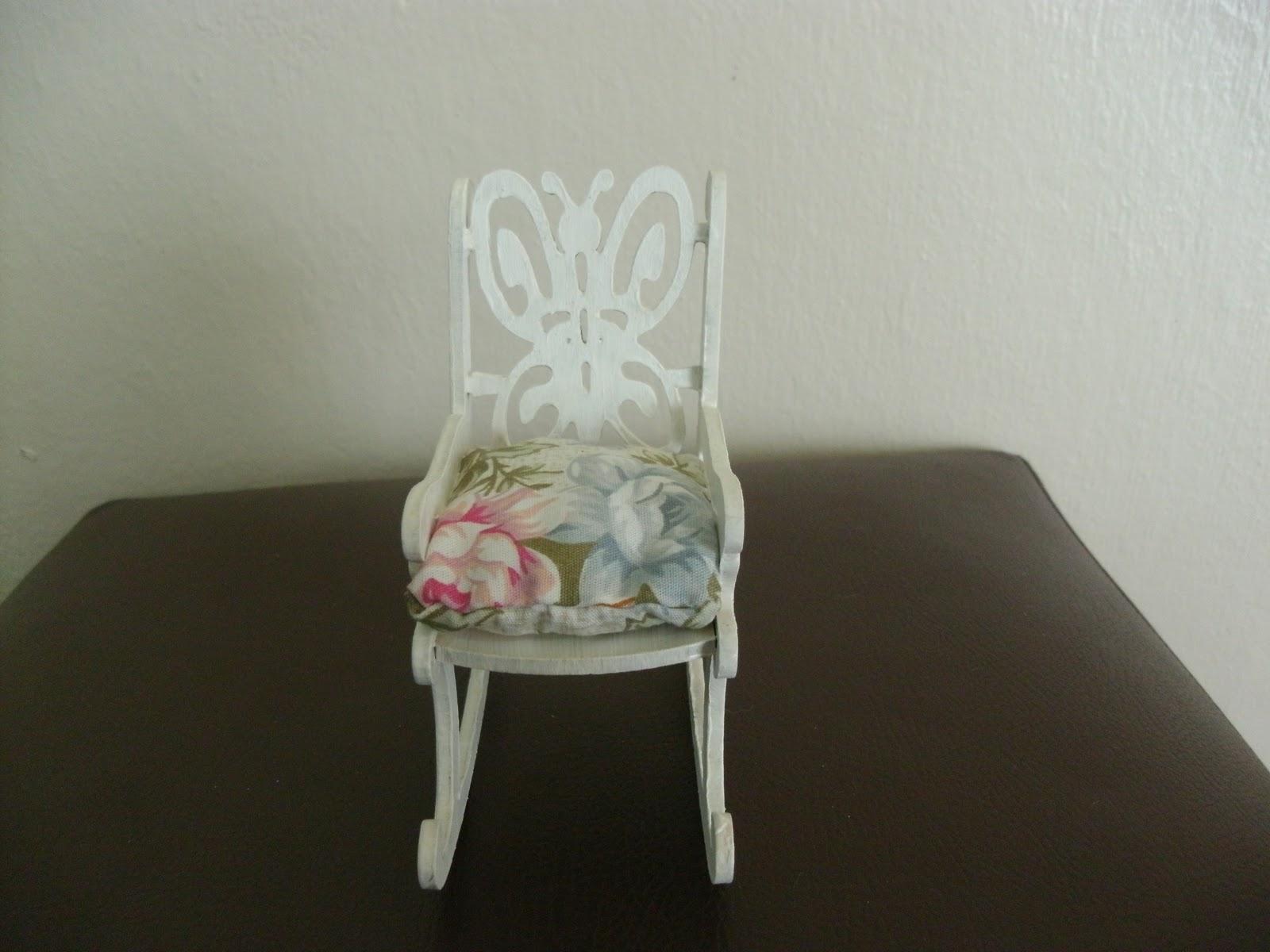 Ju Arte na Praia: Mini cadeira de balanço #884351 1600x1200