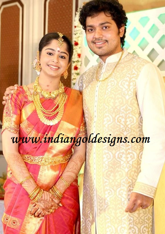 Latest saree designs bridal traditional silk saree at actor shakthi bridal traditional silk saree at actor shakthi and smiruthi engagement altavistaventures Images