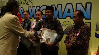Angkat Daerah Di Sektor Maritim, Agus Triharsito Terima Penghargaan 'Indonesian Man Career Of The Years 2015