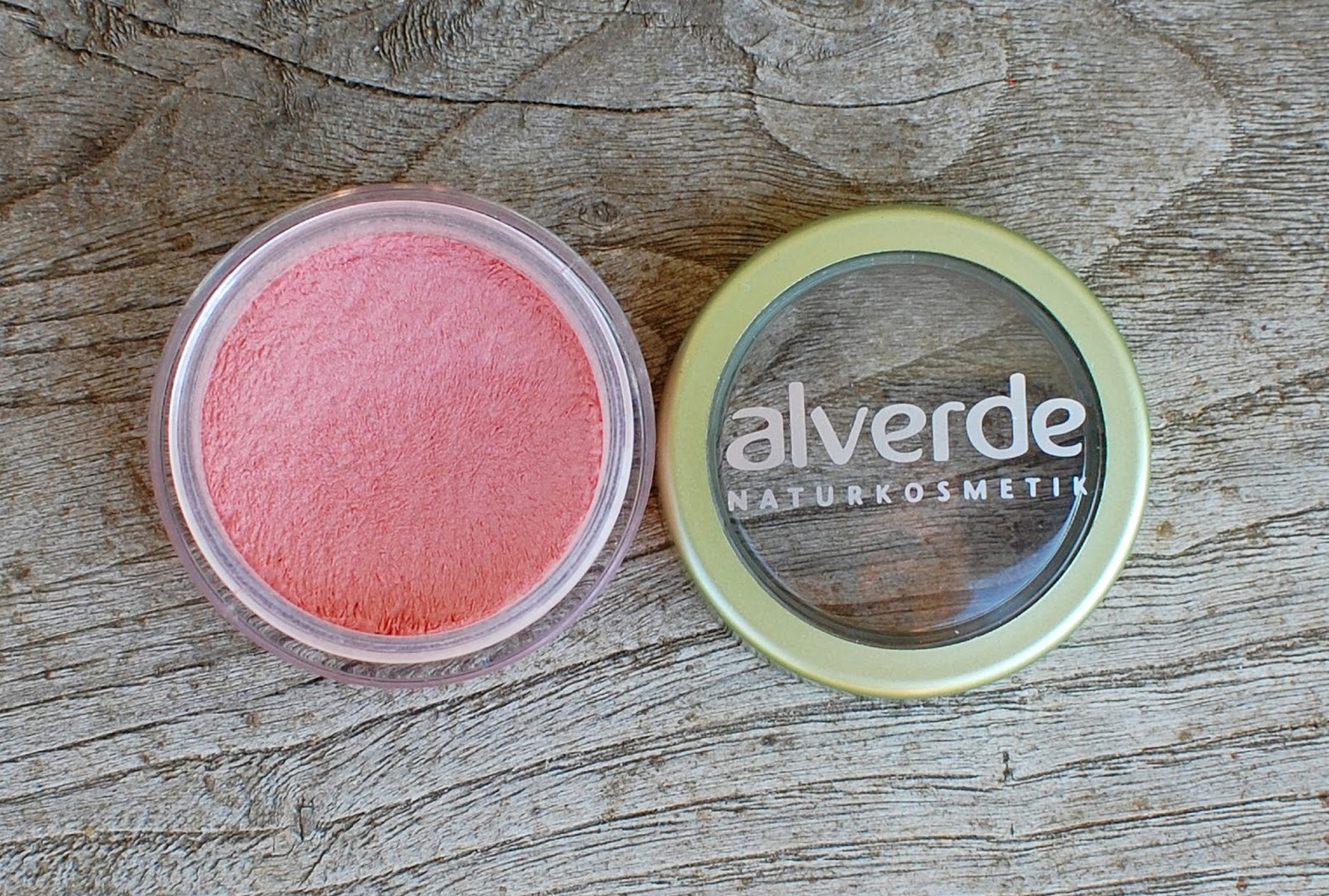 Alverde 2 v 1 Rdečilo in obarvan balzam za ustnice, Light Apricot