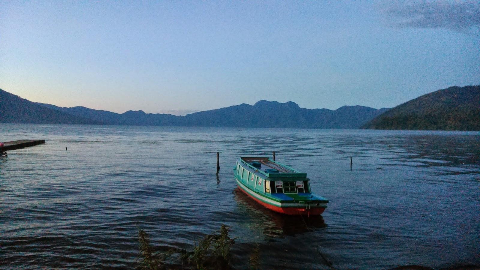 danau ranau gunung seminung