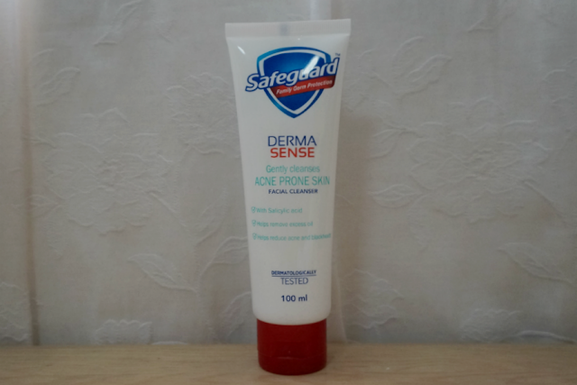 Safeguard Derma Sense Gently Cleanses Facial Cleanser (Acne Prone Skin)