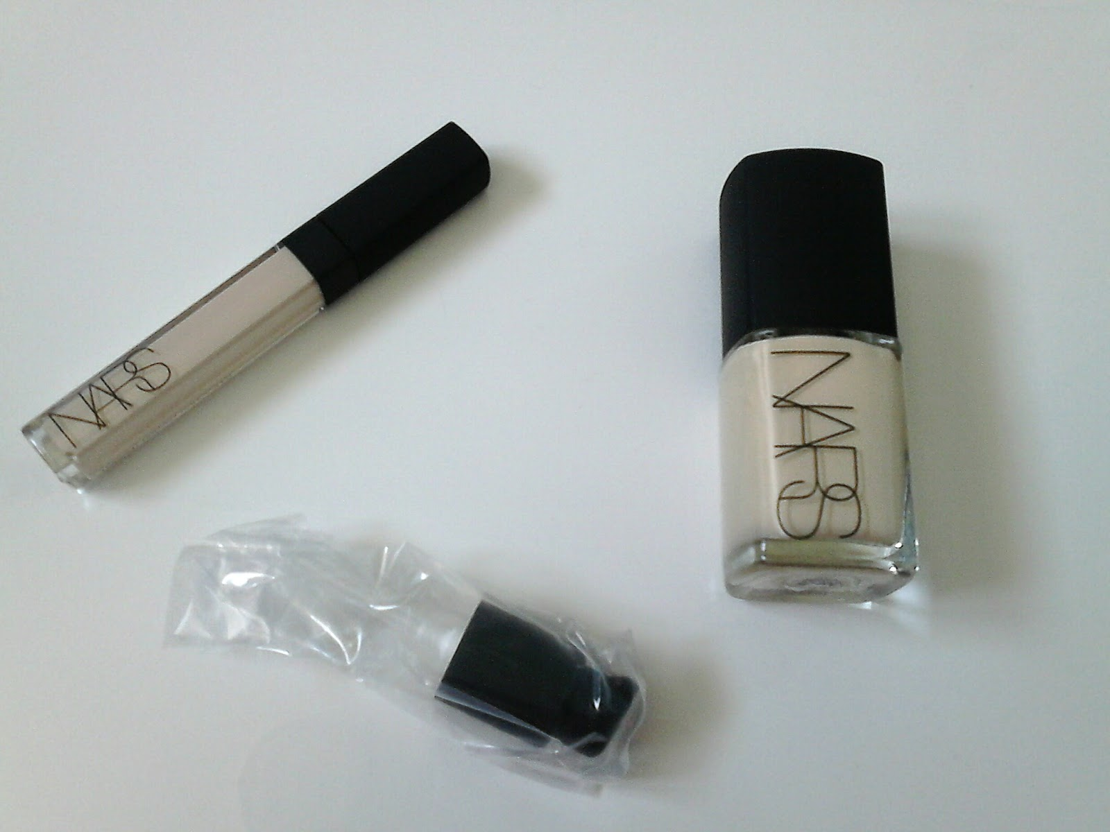 Nars Sheer Glow and Creamy Concealer