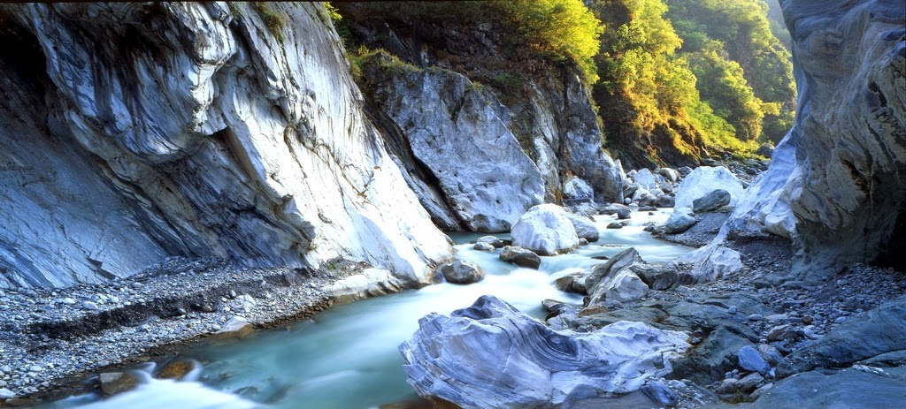 The Marble Canyons In Beautiful Taroko National Park Taiwan