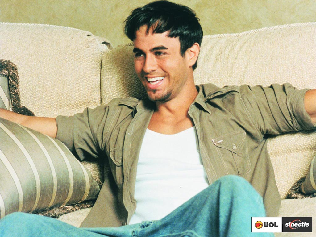 http://1.bp.blogspot.com/-L6p1ds-9oR4/T6lkEtNrGqI/AAAAAAAAHTY/IPkca1leKfc/s1600/Enrique+Iglesias19.jpg