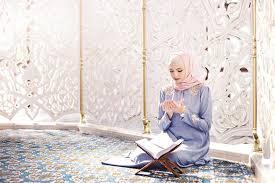 المرأة العربية ضخامة وفخامة الاسم تكفي