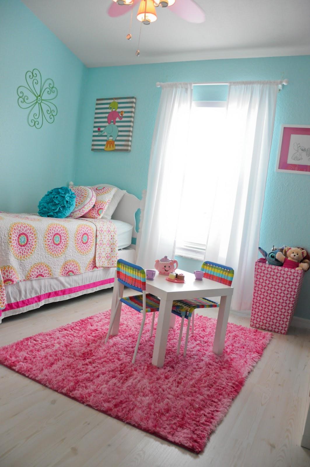 big girl room teal and pink big girl room life baby baby showers parties nurseries. Black Bedroom Furniture Sets. Home Design Ideas