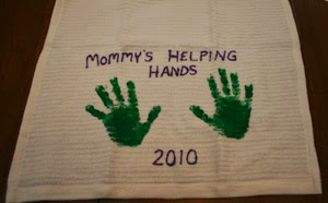 http://www.allkidsnetwork.com/crafts/mothers-day/handprint-dishtowel-craft.asp
