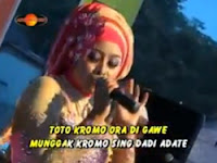 Ayu Oktavia - Gonjang Ganjinge Ndunyo (The Rosta Religi 2015)