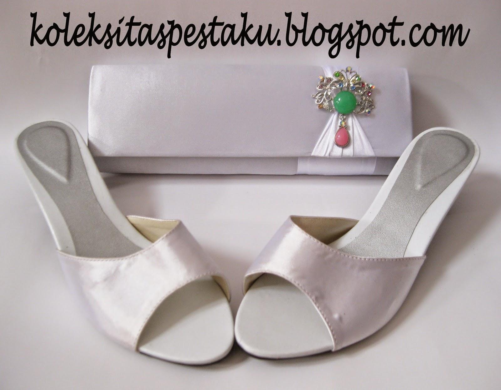 Sepaket tas pesta dan slop cantik warna putih