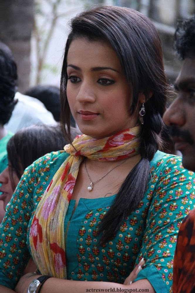 Actress Trisha Krishnan Cute And Hot Images In Green Dress