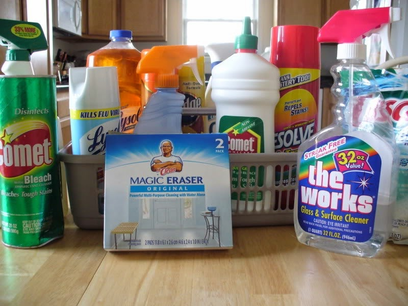 19 Things You Should Never, Ever Throw In the Trash!! - Cleaning supplies