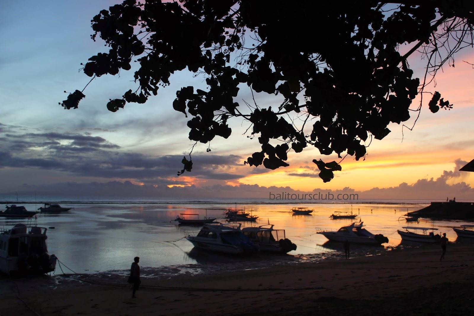 Sunrise di objek wisata pantai Sanur