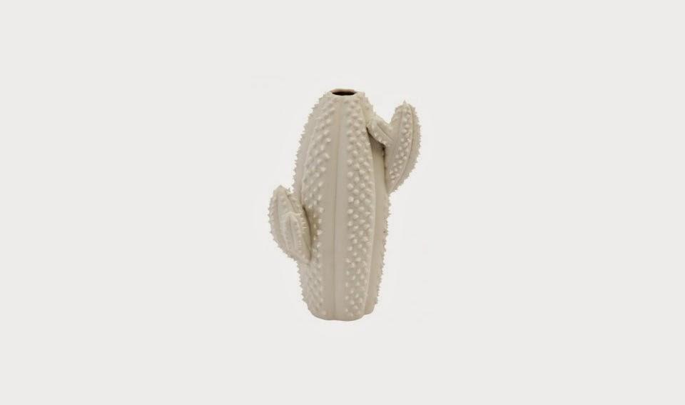 http://www.portobellostreet.es/mueble/40651/Florero-Cactus-pico