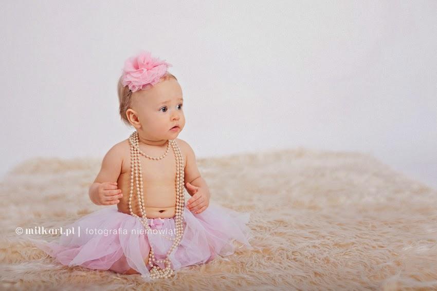 sesja niemowlęca, fotografia rodzinna, profesjonalne zdjęcia dzieci, fotograf dziecięcy, studio fotografii niemowlęcej